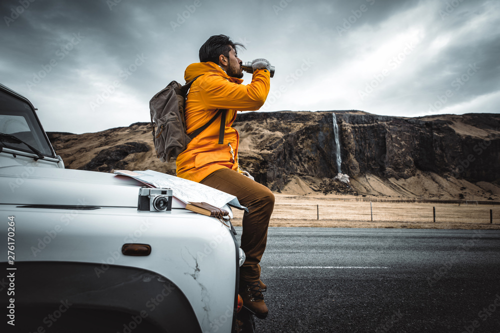 Fototapety, obrazy: Explorer on the icelandic tour, traveling across iceland discovering natural destinations