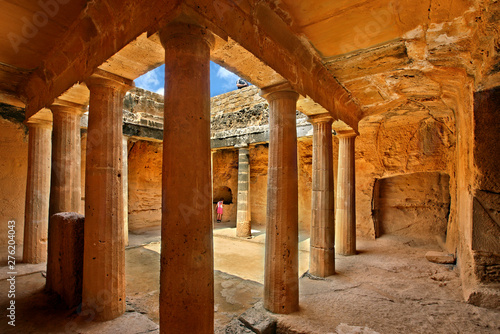 Photo Tombs of the Kings archaeological site at Kato Paphos town, Cyprus island