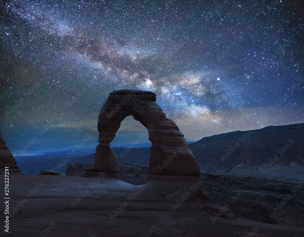 Fototapeta Delicate Arch under the Milky Way