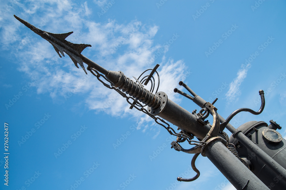 Fototapety, obrazy: Harpoon cannon for hunting whales. Installed on the ship. against the sky