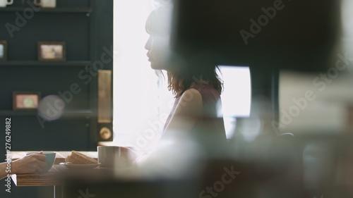 Valokuva  カフェ・女性