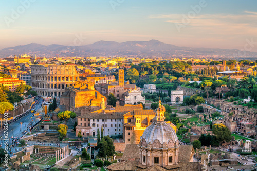 Photo  View of Rome city center at sunset