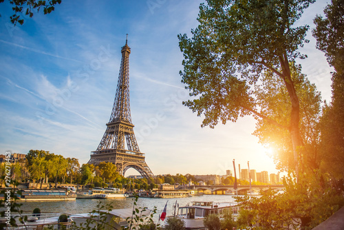 Printed kitchen splashbacks Eiffel Tower Sunset view of Eiffel tower and Seine river in Paris, France. Architecture and landmarks of Paris. Postcard of Paris