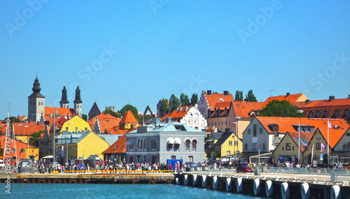 Cuadros en Lienzo View from Port onto old town of Visby, Gotland with cathedral and historic build