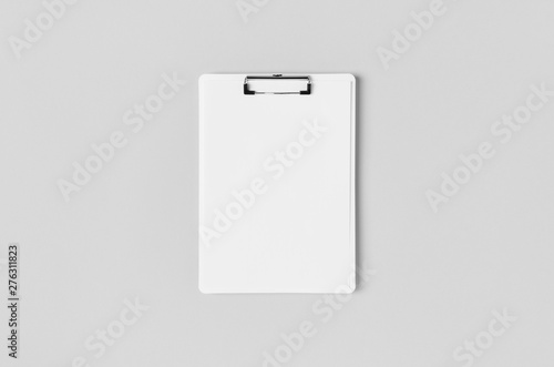 Poster Individuel White clipboard mockup with a blank paper. Top view.