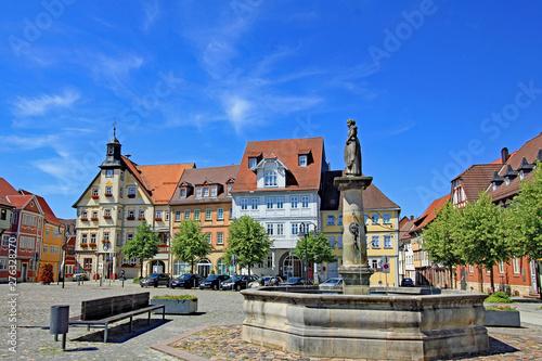 Schleusingen: Marktplatz mit Rathaus (17. Jh.,Thüringen) - fototapety na wymiar