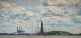 Fototapeta Paryż - Panoramic photo of the statue of Liberty New York