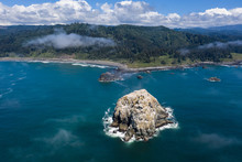 The Cold, Nutrient-rich Waters Of The Pacific Ocean Wash Against The Rugged Yet Scenic Coastline Of Northern California. This Area Is Easily Accessible From The Famous California Route 1.