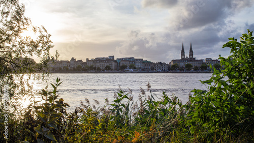 Poster Ouest sauvage Panorama of Bordeaux and Garonne river