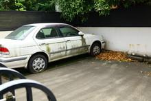 使われなくなった自動車