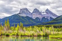 Three Sisters Mountain Peaks I...