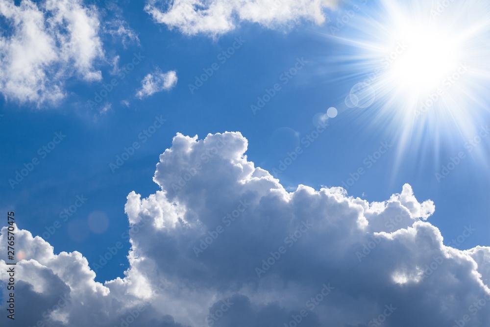 Fototapeta Shiny sun - bright clouds