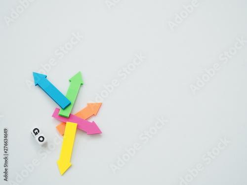 Photo たくさんの矢印とGOの単語