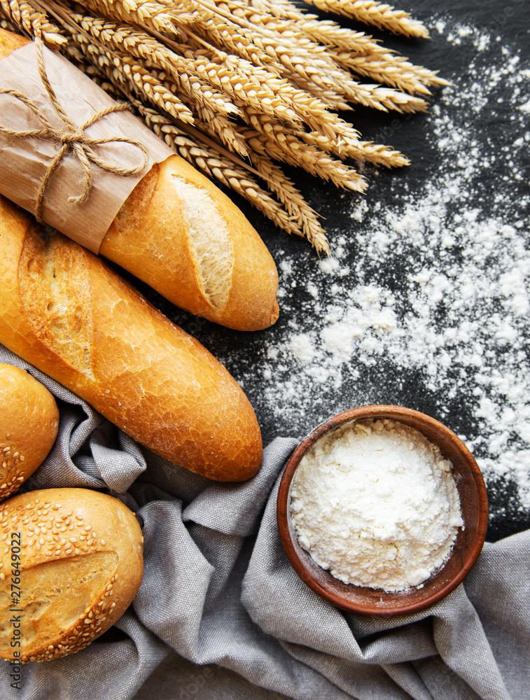 Fototapety, obrazy: Assortment of baked bread