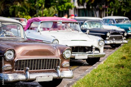 Foto op Aluminium Vintage cars Classic cars in Havana, Cuba