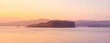 Isle Of Skye Sunrise - Golden ...