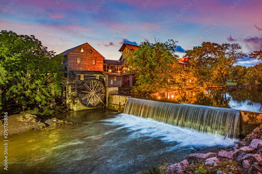 Fototapeta Pigeon Forge Tennessee TN Old Mill