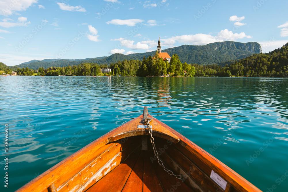 Obraz Summer Rowboat on Lake Bled fototapeta, plakat