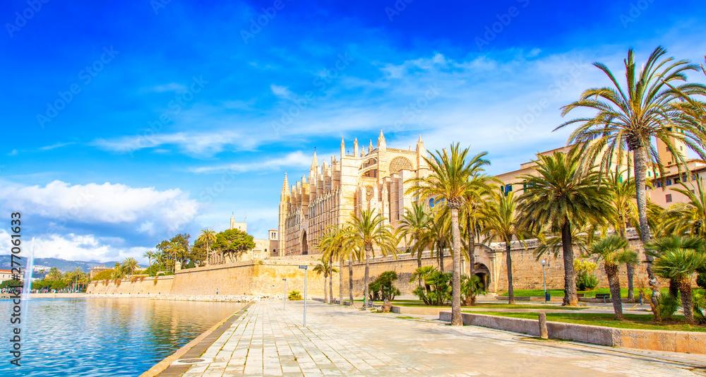 Fototapety, obrazy: Palma de Mallorca Cathedral La Seu, Spain