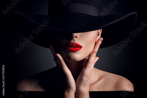 Fotografija Woman Hat and Lips, Elegant Fashion Model Retro Beauty Portrait in Black
