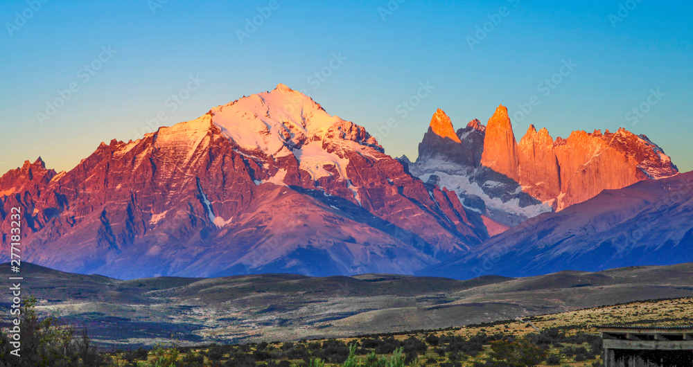 Fototapety, obrazy: scenic view to Fitz Roy mountain in Argentina, Patagonia