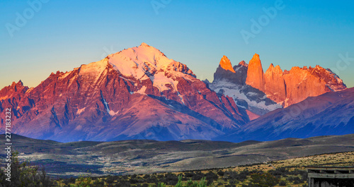 scenic view to Fitz Roy mountain in Argentina, Patagonia - 277183232