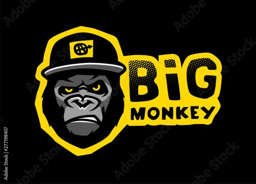 Angry gorilla head in the baseball cap. Vector illustration. Wallpaper Mural