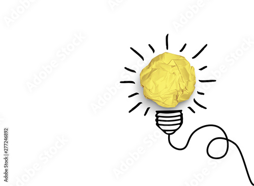 Photo  Concept of idea and innovation with paper ball vector