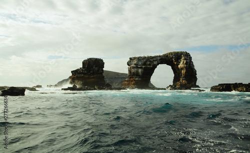 Fotomural Darwin's arch in Galapagos islands