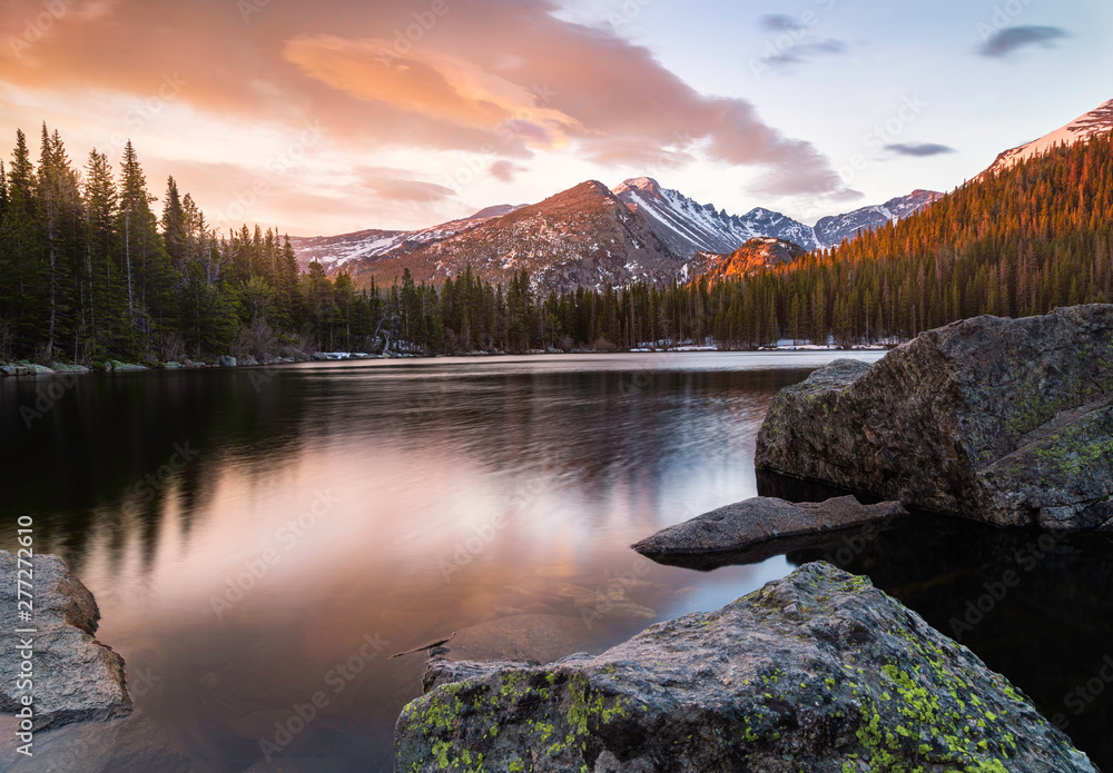 Fototapety, obrazy: Colorful Bear Lake Sunrise