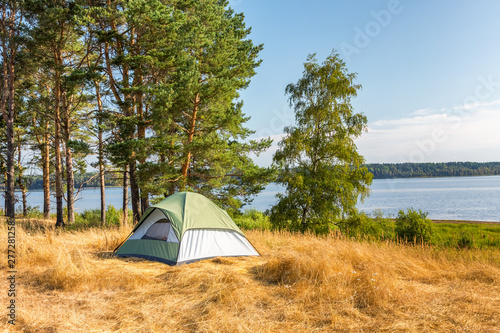 Poster Individuel The Camping Tent near the forest lake in Karelia