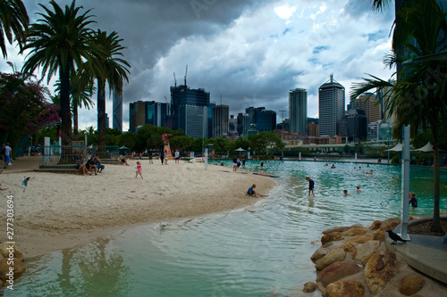 In de dag BRISBANE, AUS - March 2019: Streets Beach in South Bank Parkland on a cloudy stormy day