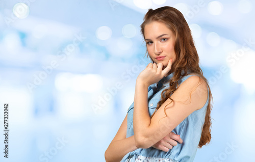 Obraz na plátně Woman close up portrait of natural beauty