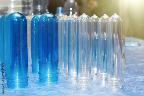 Fotografía  A closeup of several blanks for the production of plastic bottles