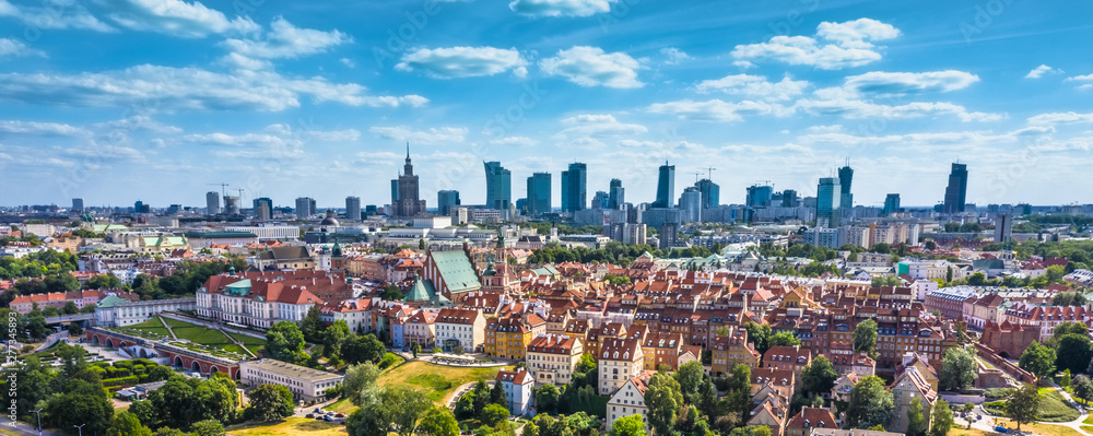 Fototapety, obrazy: Aerial panorama of Warsaw, Poland  over the Vistual river and City center in a distance