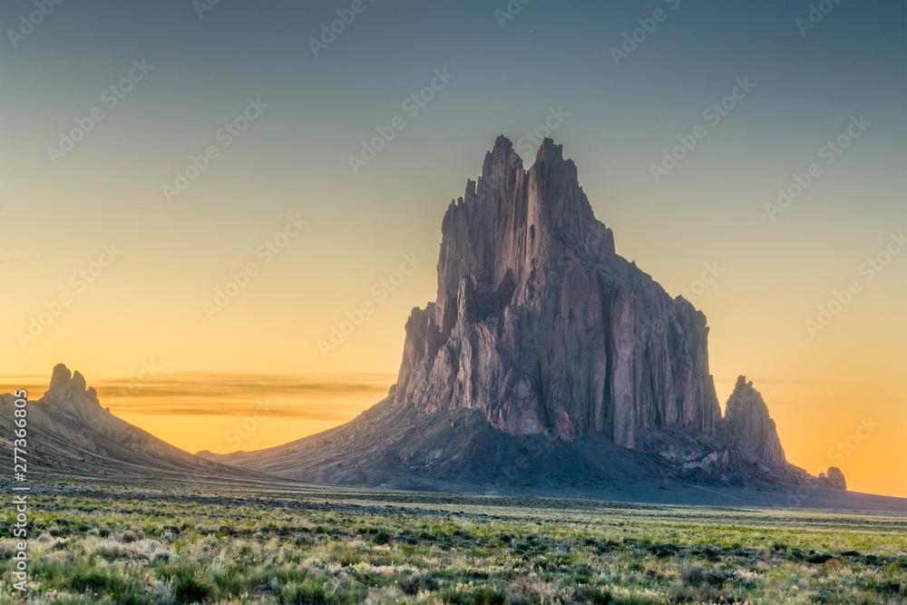 Fototapety, obrazy: Shiprock, New Mexico
