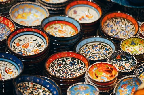 Valokuva  Classical Turkish ceramics on the market