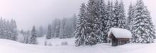 Panoramabild Einer Schneebedec...