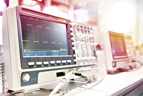 Fotografia  Oscilloscope spectrum analyzer