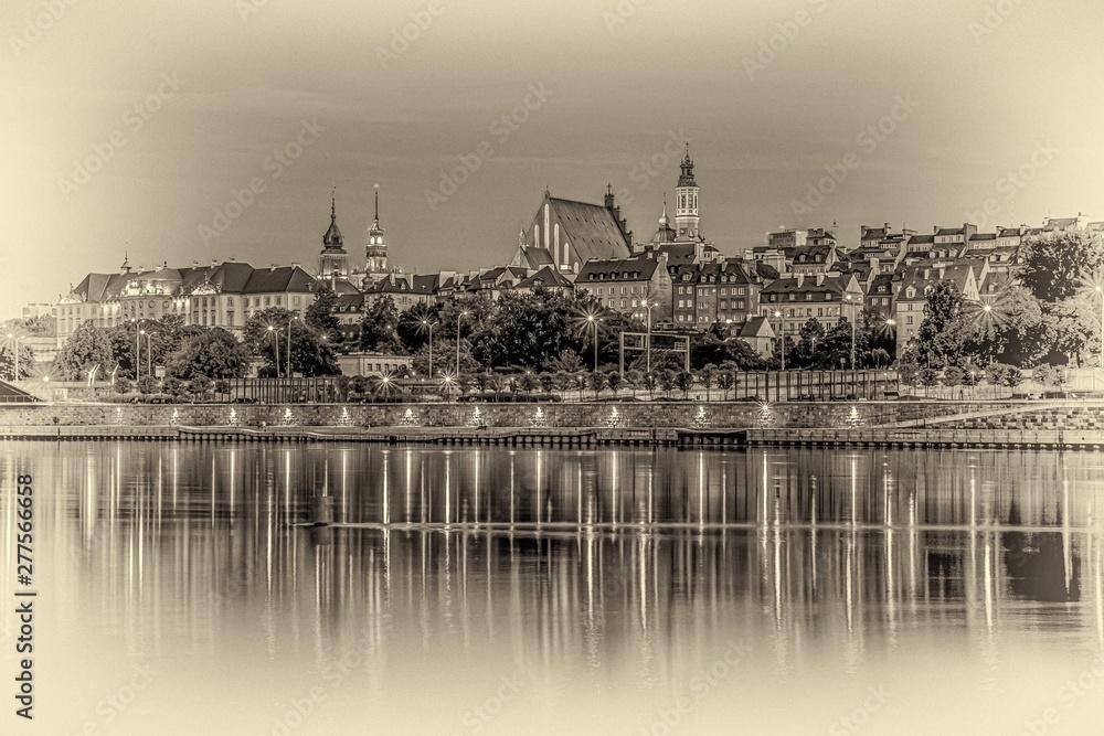 Fototapeta Warszawa panorama Starego Miasta nad Wisłą w nocy