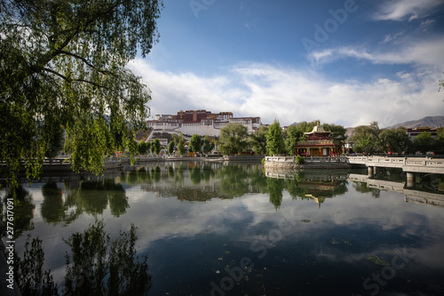 Tela The Potala Palace in Lhasa, Tibet, the former residence of the Dalai Lama and a UNESCO World Heritage Site