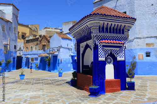 Papiers peints Maroc Blue street walls of the popular city of Morocco, Chefchaouen. Traditional moroccan architectural details.