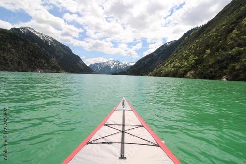 Foto auf AluDibond Olivgrun Kanu auf dem Achensee Ich Perspektive