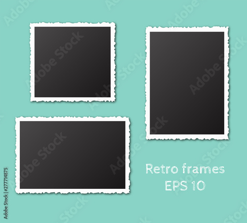 Fotografía Set of empty retro frames with shadows isolated on blue background