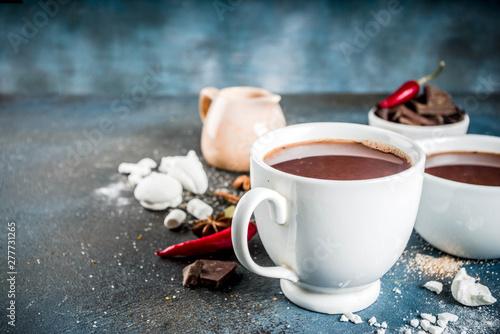 Foto auf AluDibond Schokolade Hot chocolate cups