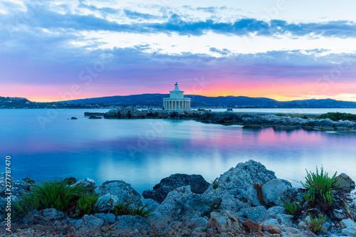 Poster Cote Sunrise over Lighthouse of Saint Theodoroi, Kefalonia, Greece