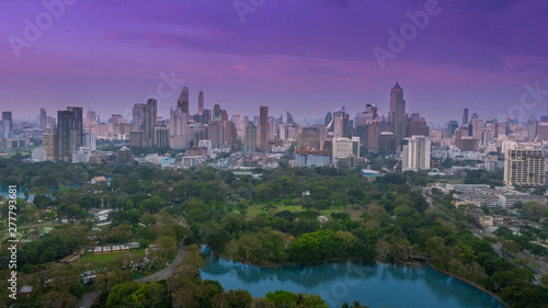 Staande foto Canada Scenic view of Lumpini (Lumphini) Park and Bangkok city in Thailand from above.
