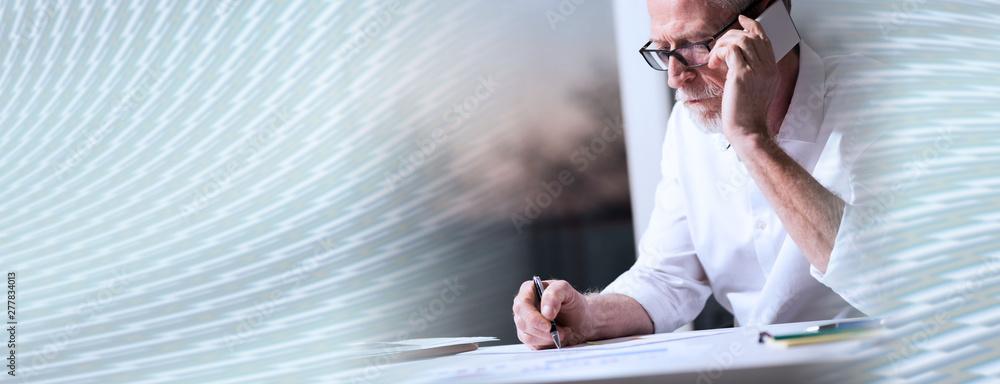 Fototapety, obrazy: Bearded senior businessman talking on mobile phone, panoramic banner