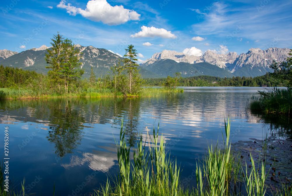Fototapety, obrazy: Lake Barmsee at the Karwendel mountains