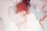 Obraz jest namalowany tuszem alkoholowym. Abstrakcja idealnie wpisze się w nowoczesne wnętrze. Zbliżenie obrazu. Kolorowe abstrakcyjne malarstwo tła. - 278103869